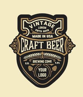 Rótulo vintage de cerveja artesanal. em camadas
