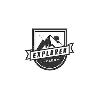 Rótulo vintage de montanha aventura, distintivo, logotipo ou emblema