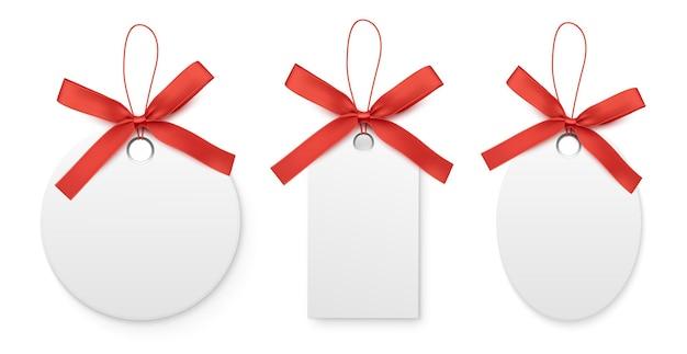 Rótulos de venda preto e branco e tags com laço vermelho isolado na ilustração vetorial de fundo branco