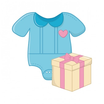 Roupas de bebê e caixa de presente
