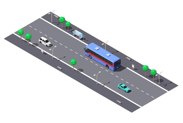 Rua da cidade com estrada de 2 pistas e ponto de ônibus