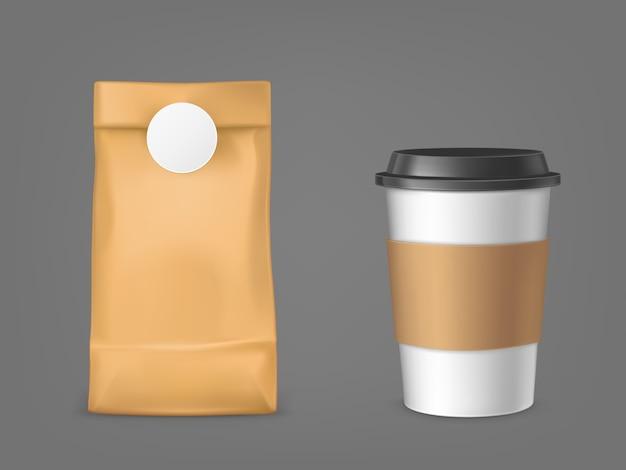 Saco de café e copo descartável