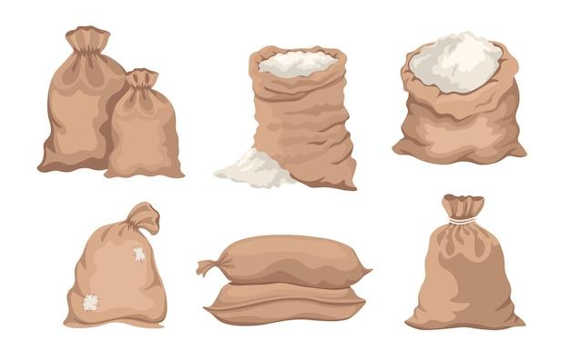 Sacos com farinha, sacos com arroz ou sal, sacos fechados e abertos