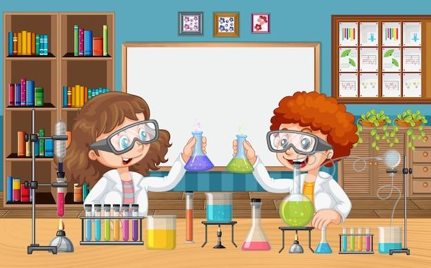 Sala de aula com crianças fazendo experimentos científicos