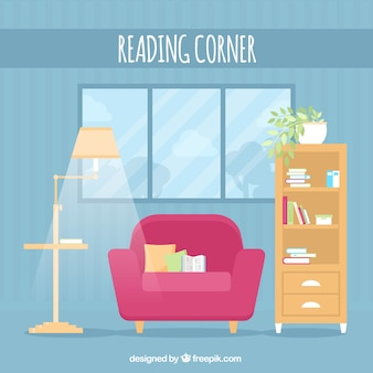 Sala de estar azul com lâmpada e poltrona
