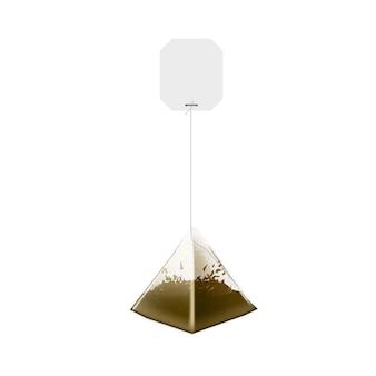 Saquinho de chá de pirâmide realista com etiqueta de papel