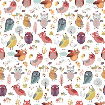 Seamless pattern with cute woodland owls personagens engraçados com humor diferente