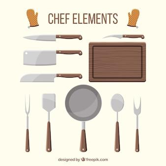 Seleção de itens de chef com elementos de madeira