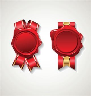 Selo de cera de selo vermelho com fita dourada isolada no branco