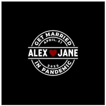 Selo de etiqueta de amor de coração para se casar se envolver durante o design de logotipo de pandemia de vírus