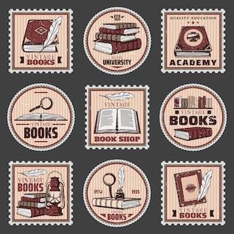 Selos coloridos de educação e livraria com diferentes livros, lupa, lanterna de tinteiro de pena em estilo vintage isolado