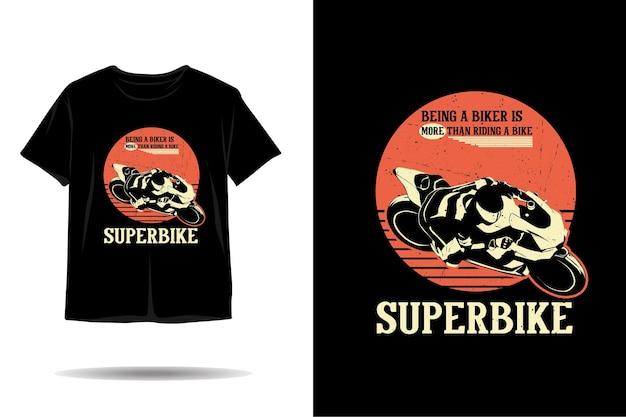 Sendo um design de camiseta de silhueta de motociclista