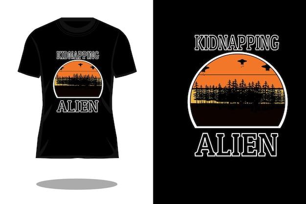 Sequestrando silhueta alienígena design de camiseta vintage