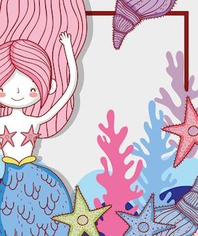 Sereia mulher com estrela do mar e algas marinhas com conchas