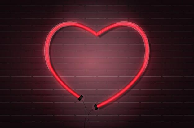 Seta brilhante néon vermelho tubos na parede de tijolo escuro.