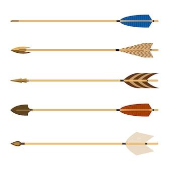 Setas de tiro com arco definir ilustração vetorial isolada no fundo branco. a flecha consiste em uma haste com ponta de flecha presa à extremidade frontal, com penas e nock na outra.