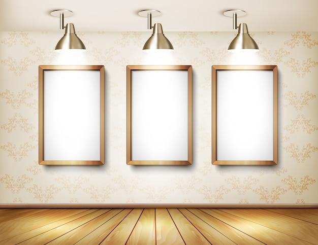 Showroom com piso de madeira, quadros brancos e luzes.