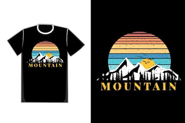 Silhueta de camiseta estilo montanha vintage retro natureza nascer do sol