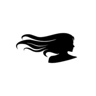 Silhueta de mulher bonita de cabelo comprido