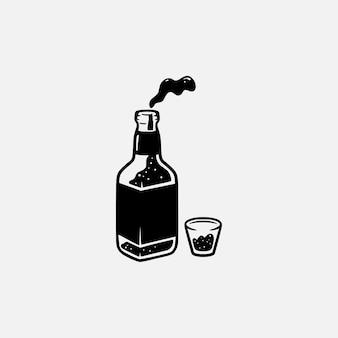 Silhueta desenhada à mão do logotipo vintage retrô garrafa de vidro de cerveja