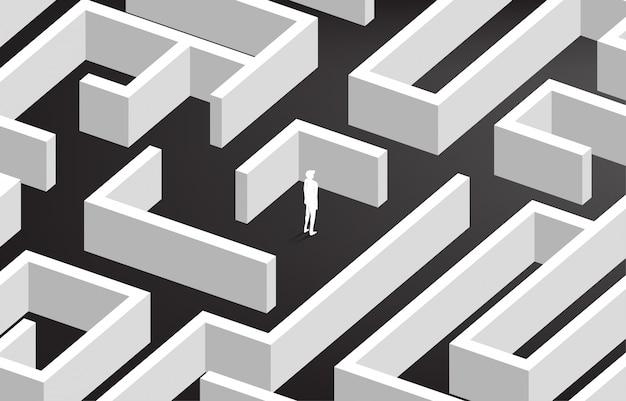 Silhueta do empresário no centro do labirinto.