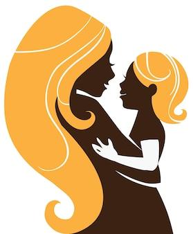 Silhueta linda mãe com bebê