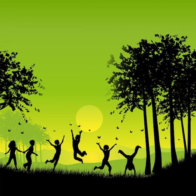 Silhuetas, crianças, tocando, exterior, perseguindo, borboletas