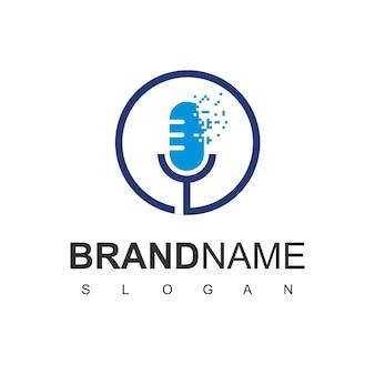 Símbolo de podcast da tecnologia do logotipo do microfone pixel