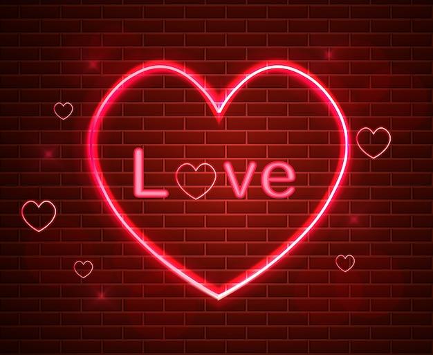 Símbolo vermelho do amor na luz de néon