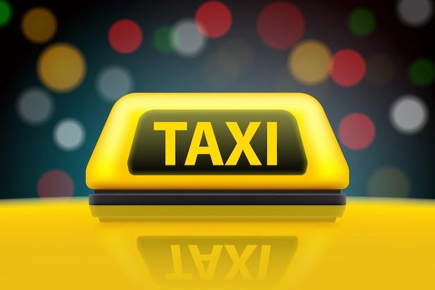 Sinal amarelo do telhado do carro do serviço do táxi na rua.