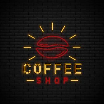 Sinal de néon café na parede de tijolo. hora do café