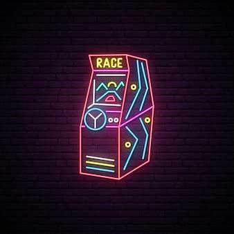 Sinal de néon da máquina de jogo de arcada da raça.