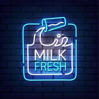 Sinal de néon de leite. neon logo do leite fresco