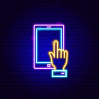 Sinal de néon de toque do tablet. ilustração em vetor de promoção de negócios.