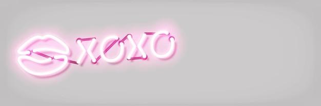 Sinal de néon isolado realista do beijo xoxo