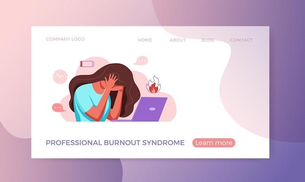 Síndrome de burnout profissional exausta, mulher cansada sentada em seu local de trabalho, segurando um escritório
