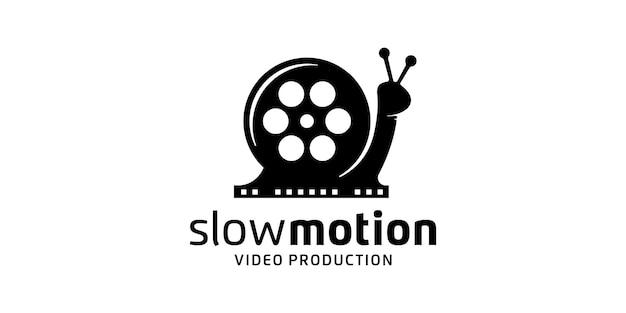 Snail com filme de bobina, logotipo de produção de vídeo em câmera lenta