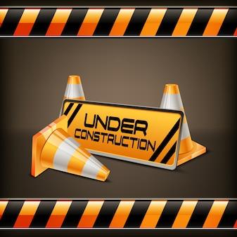 Sob a barreira de construção com cones de estrada
