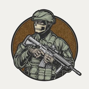 Soldado usando máscara de caveira