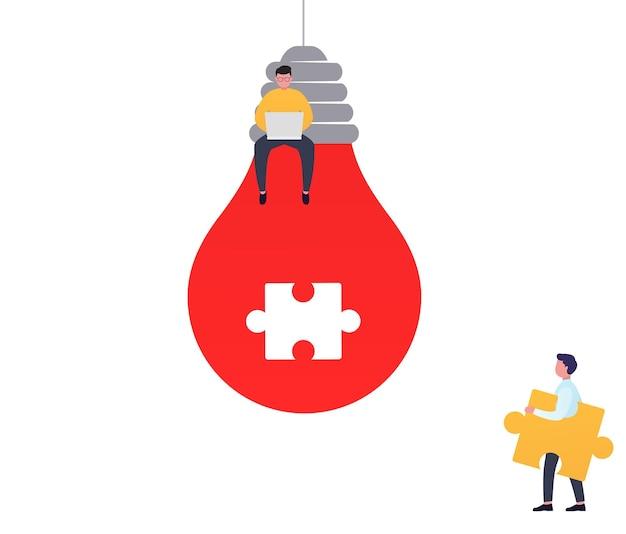 Soluções de negócios de conceito, cooperação e trabalho em equipe. homem conectando a peça do quebra-cabeça, trabalhando no laptop, brainstorm de projeto de equipe.