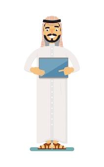 Sorridente empresário muçulmano com computador tablet