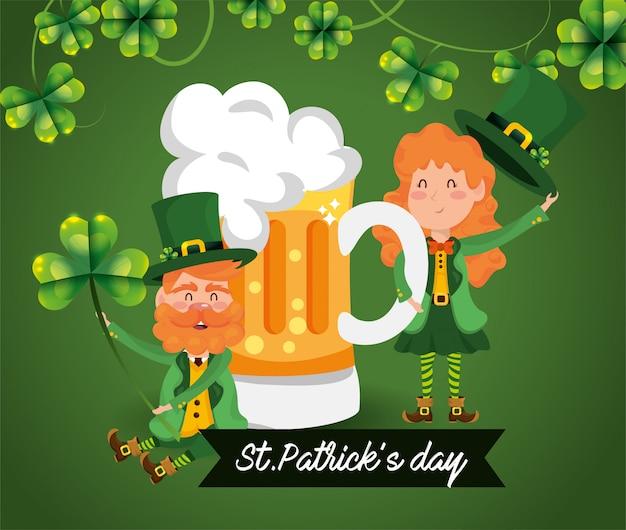 St patrick mulher e homem com trevos e cerveja
