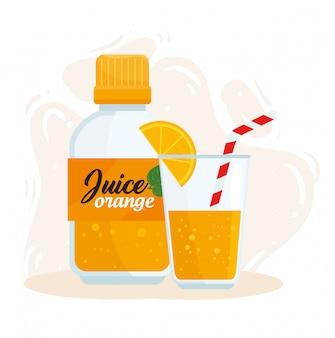 Suco de laranja em garrafa e copo