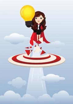 Super-herói da mulher de negócio que guarda a ampola criativa. conceito de ideia de negócio