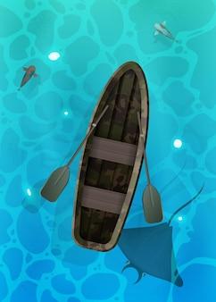 Superfície turquesa da água no oceano com peixes.