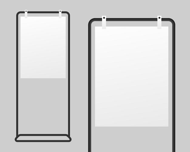 Suporte de sinalização realista com papel branco em branco.