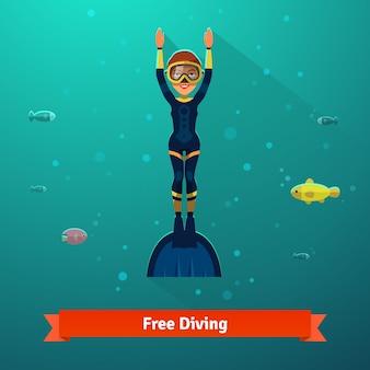 Surfando mulher de mergulhador livre em roupa de mergulho