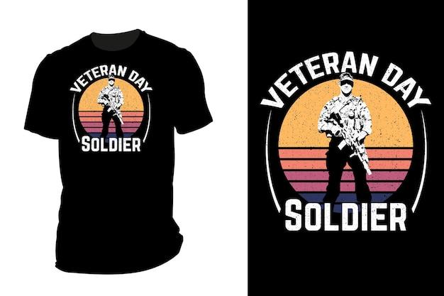 T-shirt de maquete silhueta veterano dia soldado retrô vintage