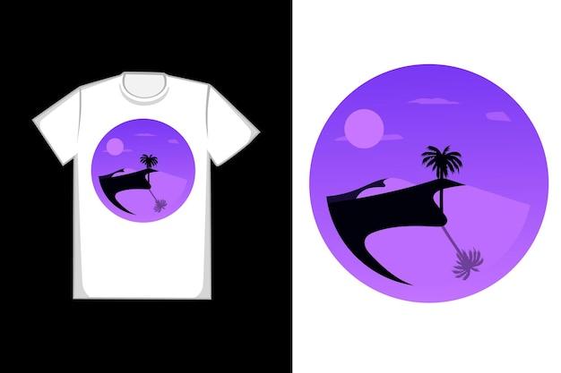 T-shirt design o deserto à noite é roxo