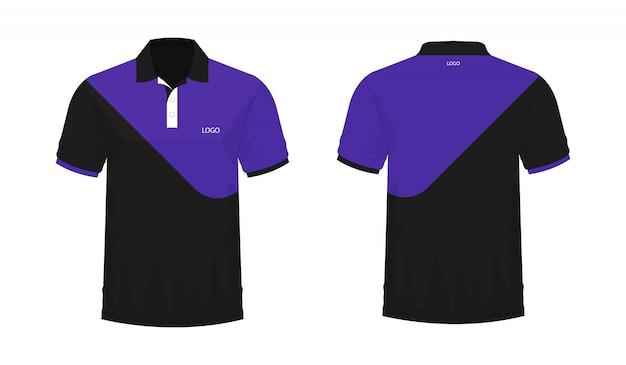 T-shirt polo modelo roxo e preto para o projeto no fundo branco.